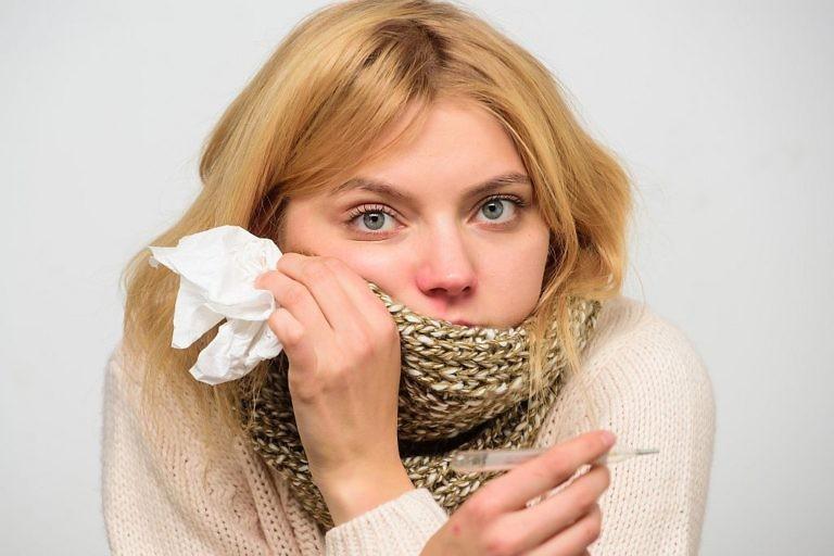 сбивать температуру при простуде